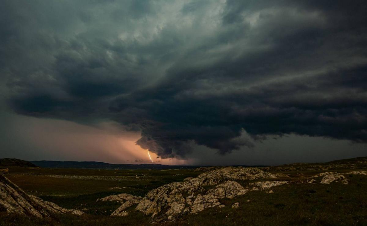 award winning nature thunder storm photography readers contest by johnny mulvany