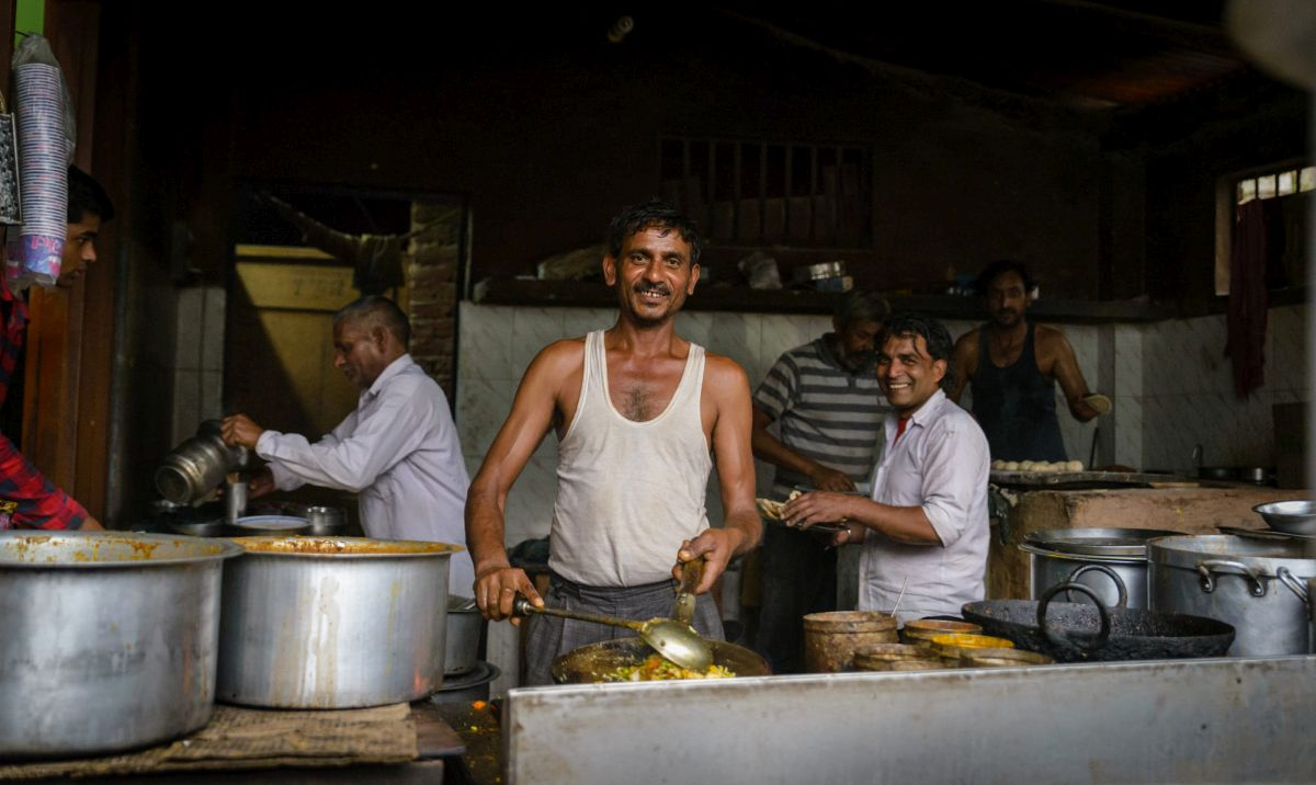 street photography cooking smile by ashanddebris