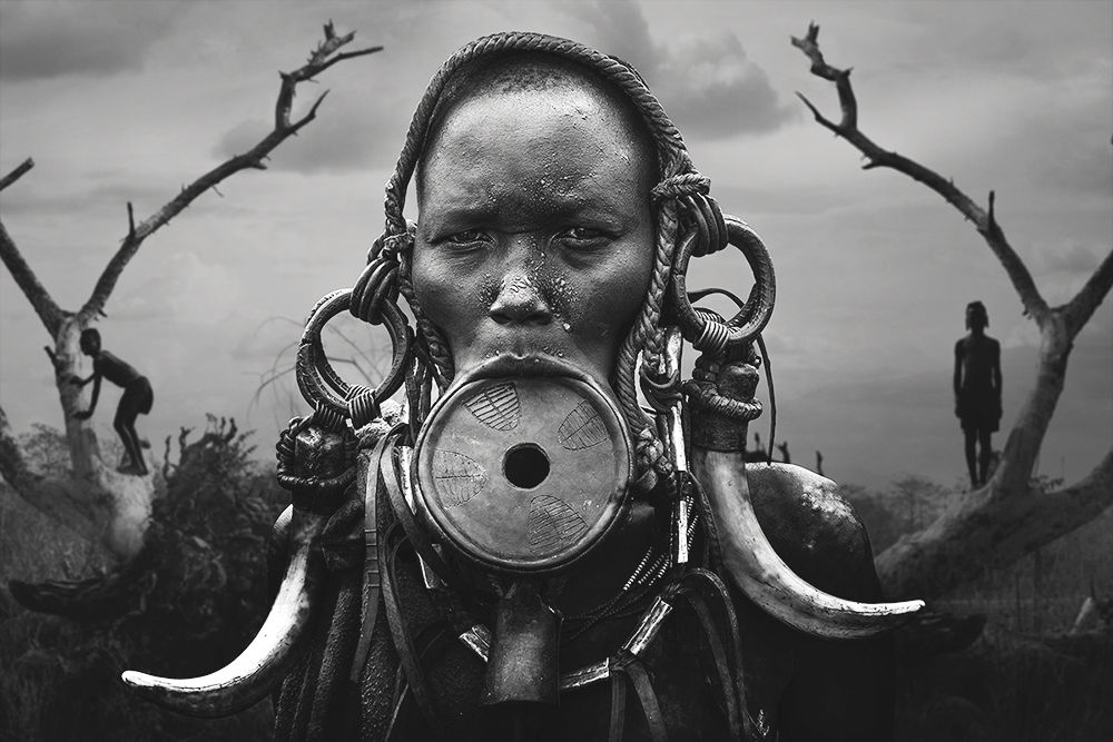 award winning photograph portrait woman mursi by svetlin yosifov bulgaria