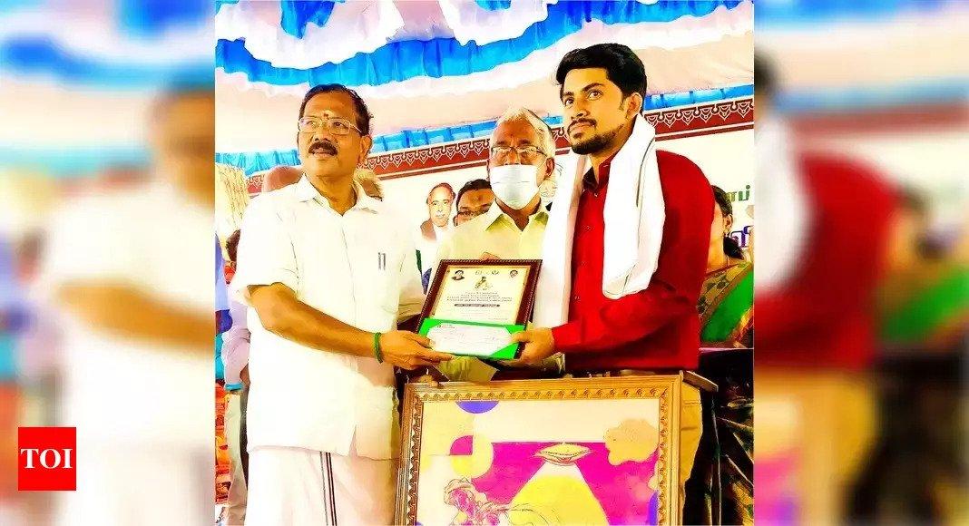 tamilnadu artist vigneshraj