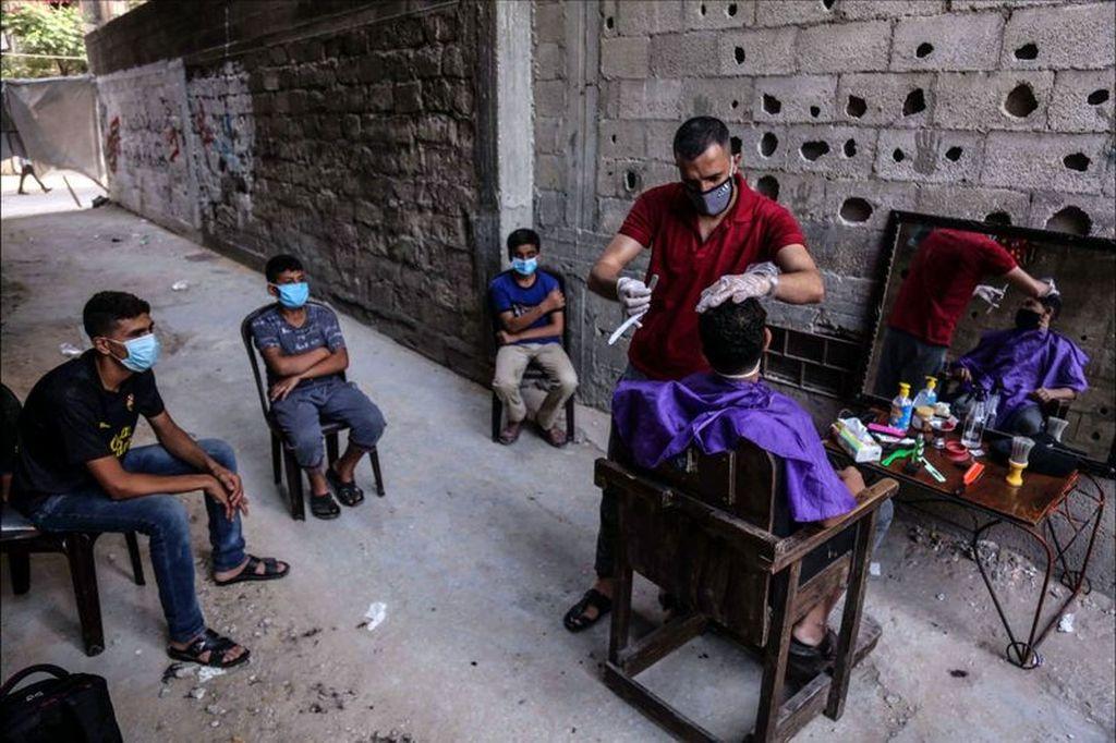 best candid photography by samar abu elouf palestine