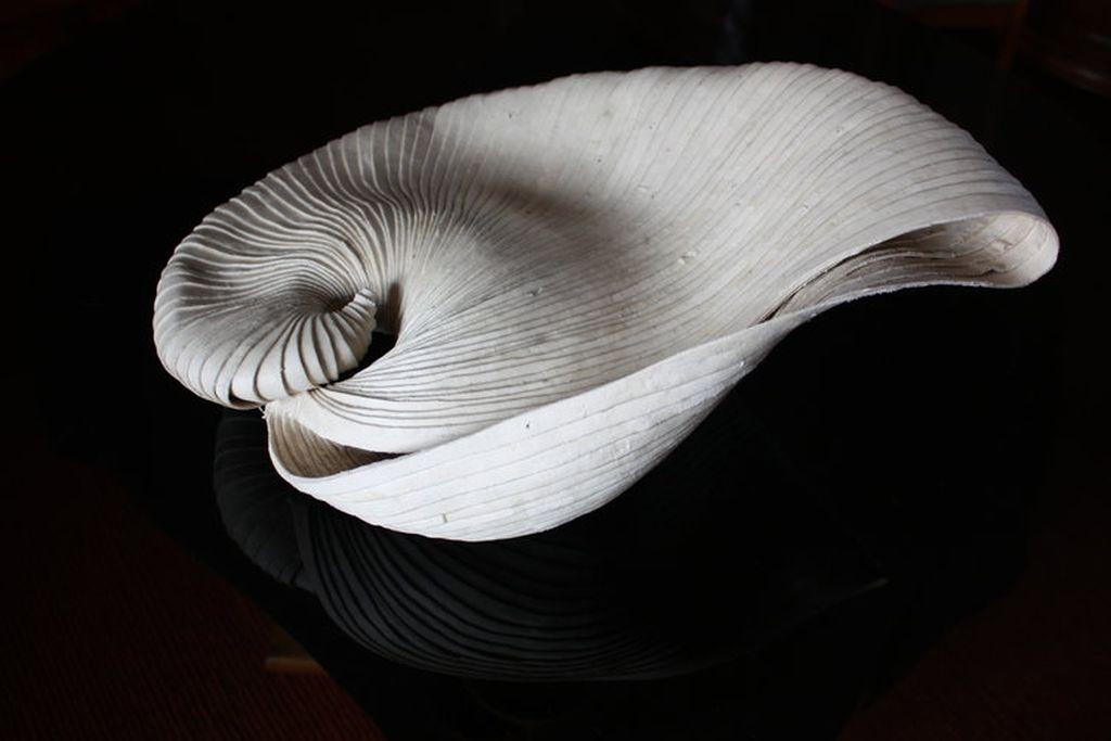 impressive sculpture argo by mercedes